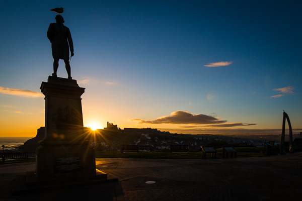 Status of Captain Cook in Whitby