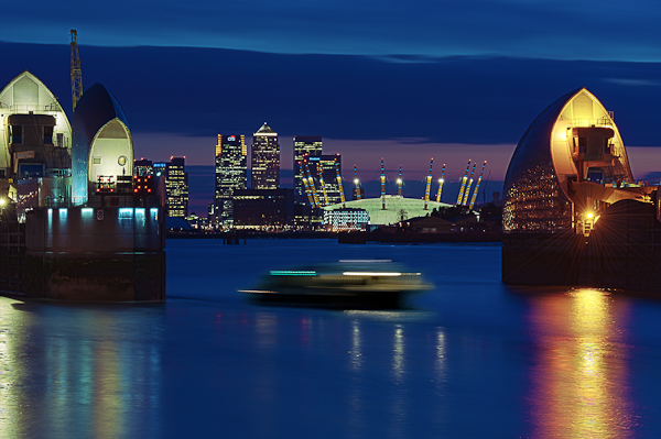 Canary Wharf and the O2 through the Tames Barrier